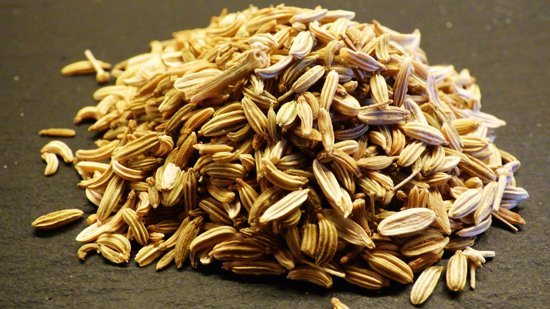 10. Fennel Seeds to Improve Athletic Performance