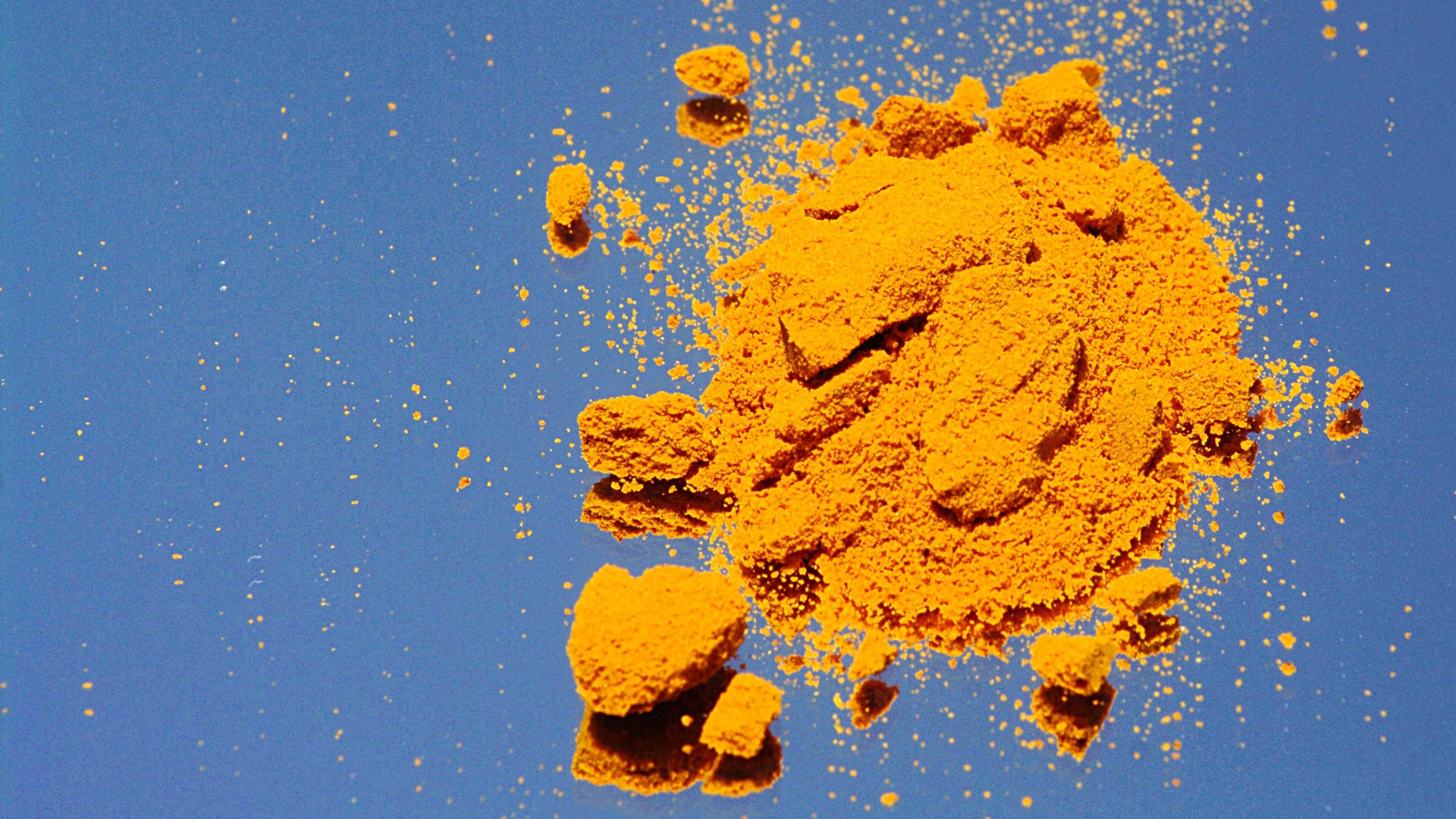 Striking with the Root: Turmeric Curcumin and Ulcerative Colitis