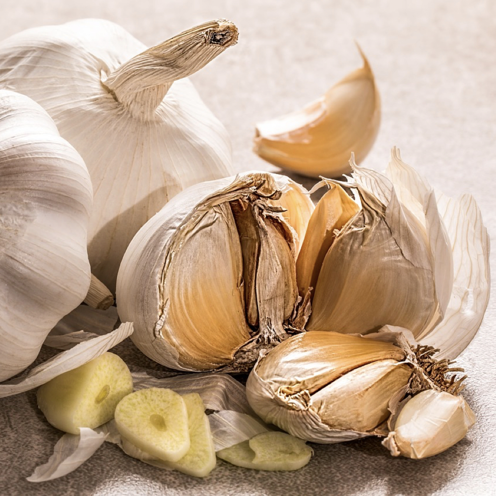 Garlic and Nutrition: The Latest Research   NutritionFacts org