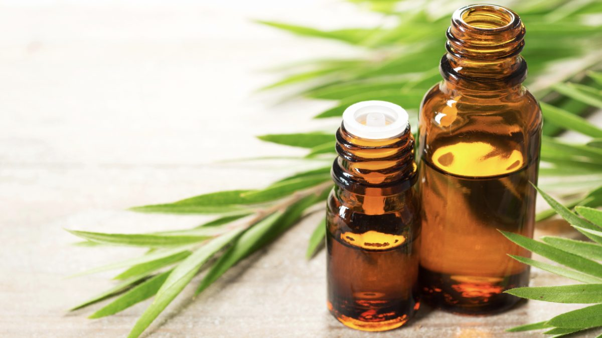 Benzoyl Peroxide vs. Tea Tree Oil for Acne