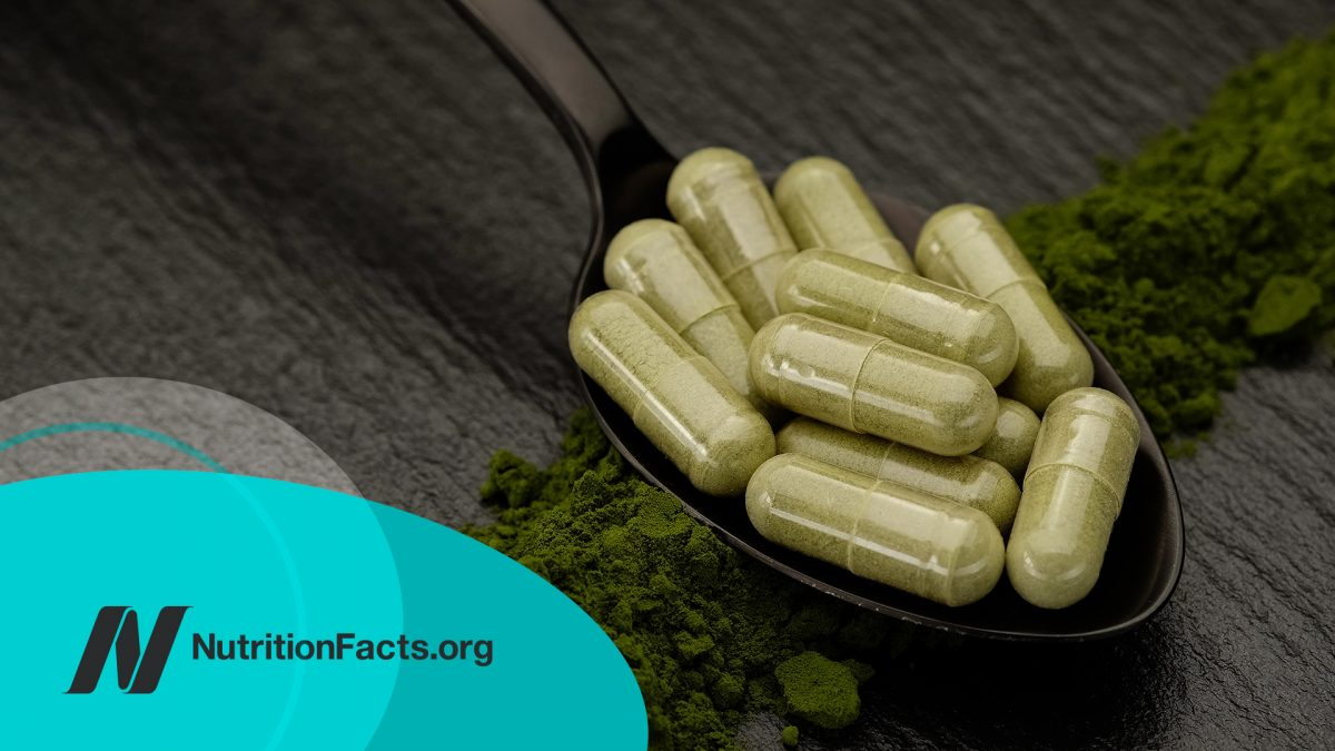 The Efficacy and Side Effects of Moringa Leaf Powder